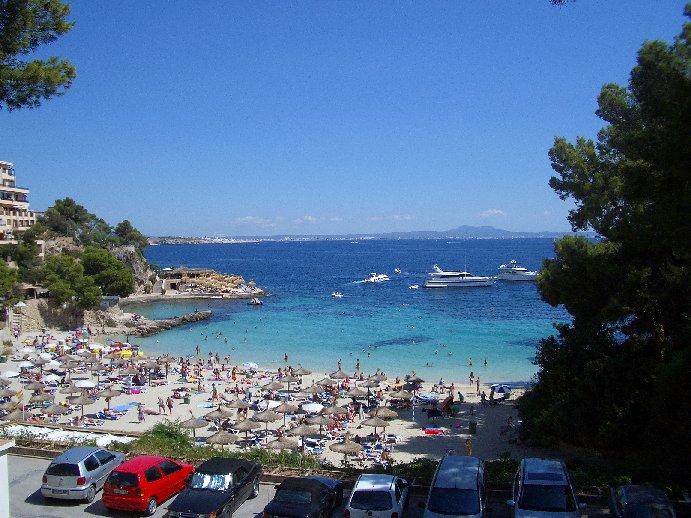 Illeta beach